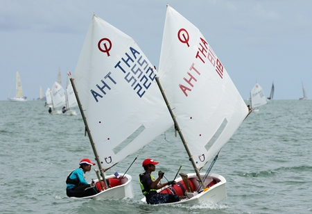 A mix of over 30 nationalities across 12 classes, including over 100 Thai youngsters will take part in the 2013 Top of the Gulf Regatta. (Photo credit: Top of the Gulf Regatta)