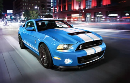 2014 Ford Mustang.