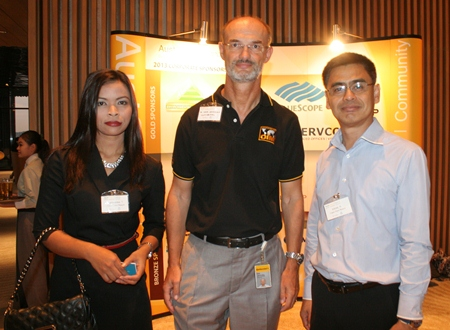 (L to R) Narawadee Thongboonchoo (Corporate Sales Manager for Cape Dara Resort), Dr. Dirk Janovsky (General Manager, Continental Automotive (Thailand) Co., Ltd.), and Sittidej Rochanavibhata (General Manager of Cape Dara Resort).