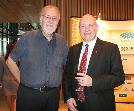 (L to R) Chris Thatcher, Vice Chairman of BCCT, and Graham Macdonald, Chairman of the South African Chamber of Commerce.