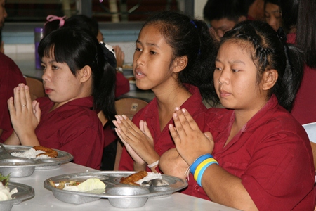 The students were grateful for their special lunch.
