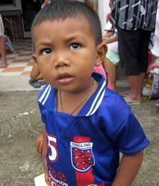 A young supporter of England.