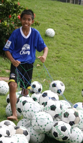 The boys even helped to collect the hundreds of soccer balls at the end of the training session.