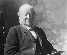 The man himself: Thomas Hardy in his later years.