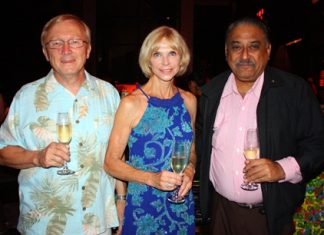 (L to R) Bruce and Judy Hoppe, Peter Malhotra, Managing Director Pattaya Mail Media Group.