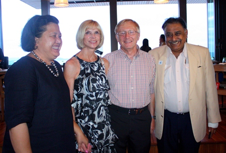 (L to R) Alvi Sinthuvanik, Judy and Bruce Hoppe, Peter Malhotra, MD of Pattaya Mail Media Group.