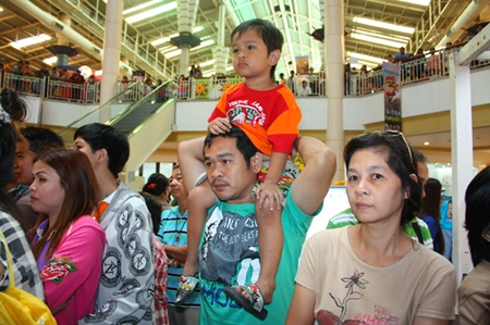 The Dog Super Hero 2013 show at Central Center Pattaya 2013 is fun for the whole family.