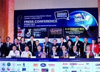 Organizers, hosts, main sponsors and supporters line up for at photo at the press conference held on Monday 29 July 2013 at the Aranda Ballroom, Amari Orchid Pattaya.