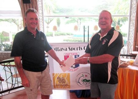 Ed Hutchins (left) - winner in D Flight.