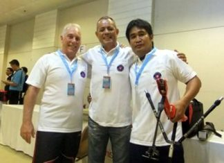 Pattaya Archery Club team: (left-right) Allan, Philippe and Somporn.
