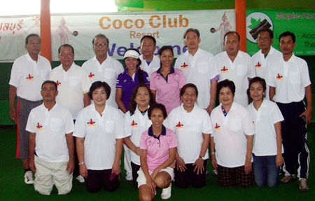 """The Thai """"Para"""" players pose with their coaches at the Coco Club Resort in Pattaya prior to flying off to South Africa for the World Transplant Games taking place from July 28 - Aug 4 2013."""