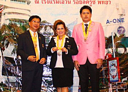 (L to R) Jakraphan Pinthanon from Naklua Pattaya, Sasithorn Klitiang from Pattaya Banglamung and Navin Khakahy from Pratamnak Pattaya, pose for a group picture after having been installed as new leaders of their respective clubs for the 2013-2014 administrative year.