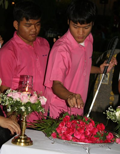 The blind students also attended the memorial mass.