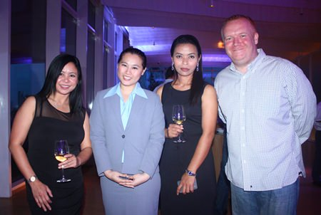 (L to R) Rachata Ratchawisitsakul, Marketing Communications, Cape Dara Resort, Suratchada Chaivorawat, Sales Executive - Corporate of Hilton Pattaya, Narawadee Thongboonchoo, Sales Manager - Corporate, Cape Dara Resort and Earl Brown.