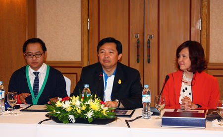 (L to R) TAT Pattaya office director Athapol Vannakit, Chonburi PAO President Wittaya Kunplome, and THA Eastern Region President Bundarik Kusolvitya discuss the recent claims by Thailand's Office of the Auditor General that not enough taxes are being collected from hotels in Chonburi province, which includes Pattaya.