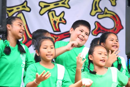 This year we had the enjoyable experience to witness the talents of the Thai Tims Chorus.