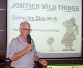 MC Richard Silverberg introduces fellow member Ian Frame, from Scotland but now living in Jomtien. Ian's hobby is photographing the wild creatures living in the bush near Jomtien Second Road.