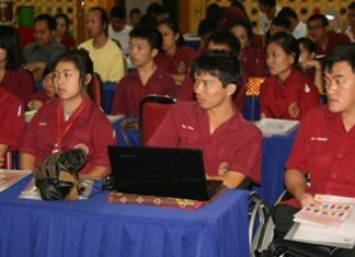 Several students from the vocational school also attended the seminar.