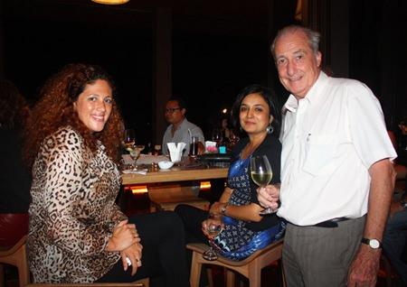 (L to R) Sara Noriega, Jess Thakkar and Dr. Iain Corness.