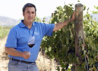 Felipe Tosso, Head winemaker at Viña Ventisquero.