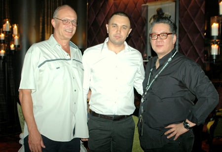 (L to R) Philippe Delaloye, Dimitri Chernyshev, EAM of Pullman Pattaya Hotel G and Jorge Carlos Smith, GM of Hard Rock Hotel Pattaya.