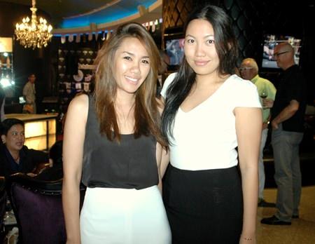 Jarusatree Suwannawong (left), Head of Travel and Accommodation, and Suparmart Vajanarat, Senior Market Executive-Travel Thai Groupon Ltd.
