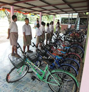 Students line up to try out the new bikes.