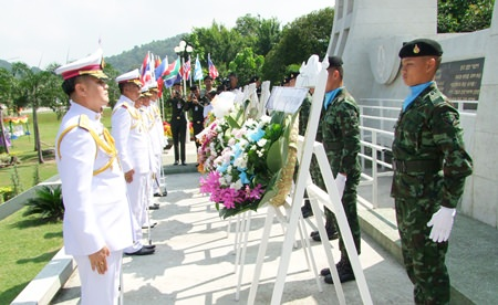 Top military officers honor Thai soldiers who departed 63 years ago to fight in the Korean War.