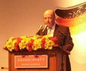 German ambassador Rolf Schulze welcomes the guests.