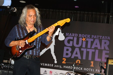 Olarn Phromjai, member of The Olarn Project and one of the contest judges, performs the hit solo 'Ya Yud Yang' in the Soul Lounge of Hard Rock Hotel, Pattaya.