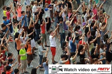 Flashmob! Dozens of students did a flashmob at their hotel.