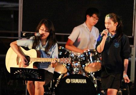 The winning band, 'Upside Down'.