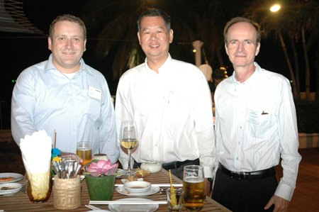 (L to R) Marc Snell, Senior Mechanical Engineer Aurecon Consulting (Thailand) Co., Ltd., Barry Ong, Senior Sales Manager SinCo Technologies Pte Ltd., and Christian Puel.