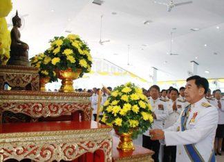 District Chief Phawat Lertmukda presides over the ceremonies in Sattahip.