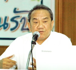 Vichai Pornsiripong, manager of the Buraphawithi-Pattaya highway feasibility study.