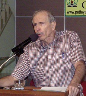 """Pattaya City Expats Club was fortunate to have popular author Dean Barrett as guest speaker for their meeting on the 8th of December, with Dean's topic being his new book '""""A Love Story: The China Memoirs of Thomas Rowley""""."""