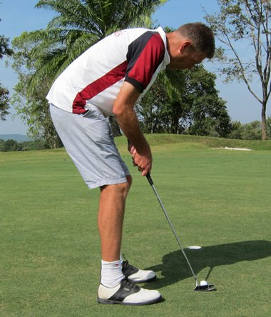 Concentration required on even the shortest putts.