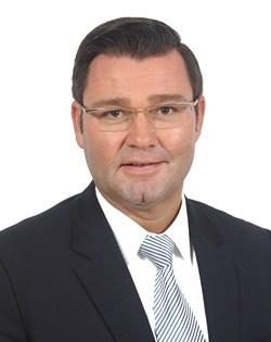 Alexander Haeusler.