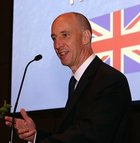 Britain's Ambassador to Thailand Mark Kent addresses Skål International Bangkok.