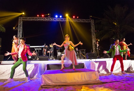 Professional dancers liven the night at the Sheraton Pattaya.