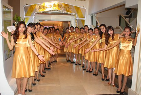 Welcome to the Gold & White Countdown at Dusit Thani Hotel, Pattaya.