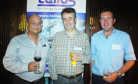 (L to R) Chonlatee Nakamadee, Guru of Dusit D2 baraquda Pattaya, Mark Butters, Director of RSM Advisory Thailand Ltd., and Paul Wilkins.