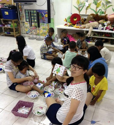 My friends and I joined the children in making beautiful boxes in preparation for Christmas!
