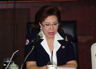 Bussarawadee Ekachai chaired the Jan. 7 Chonburi Red Cross meeting.