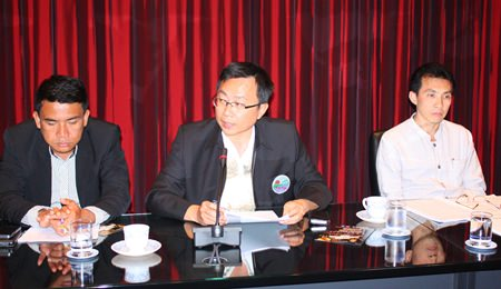 PBTA President Sinchai Wattanasartsathorn lets the Tourism and Culture Committee know he still believes there is a lot of work left to ensure public safety in Pattaya Bay.