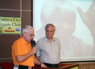 """Guest speaker for Pattaya City Expats Club on 19th of January was member Desmond Bishop; his topic was """"personal reflections on Nelson Mandela"""". Here MC Richard Silverberg introduces Desmond."""