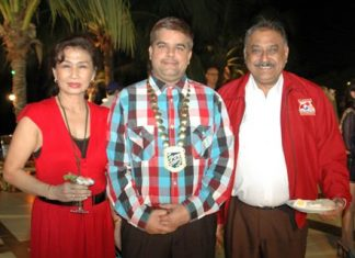 (L to R) Nittaya Patimasongkroh and Tony Malhotra, President of Skål International Pattaya and East Thailand, share a moment with Peter Malhotra, MD of Pattaya Mail Media Group.