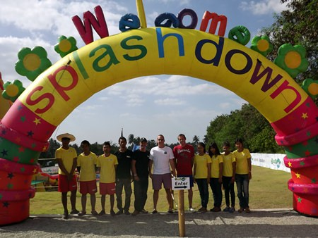 Owner John Wrey (center), Michael French (center, left) and Lee Wrey (center, right), along with park staff welcome everyone to the new Splash Down Water Park Pattaya.