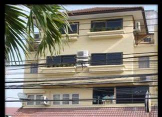 Rabbi's Elephant Bar in Soi Buakhao – home to the Pattaya Golf Society (IPGC).