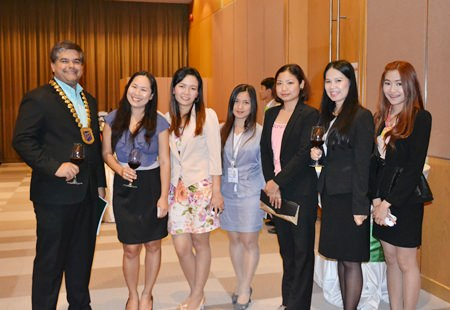 President Tony Malhotra (left) poses with a group of lovely ladies from the travel and tourism business in Pattaya and the eastern Seaboard.